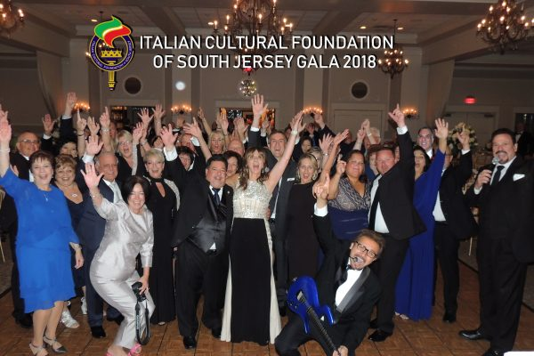a1 ITALIAN CULTURAL FOUNTAIN GALA GROUP SHOT 2018
